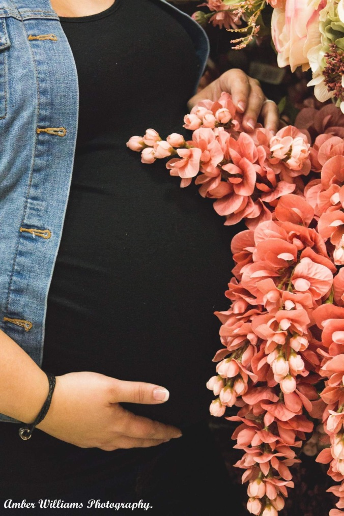 Baby bump with floral